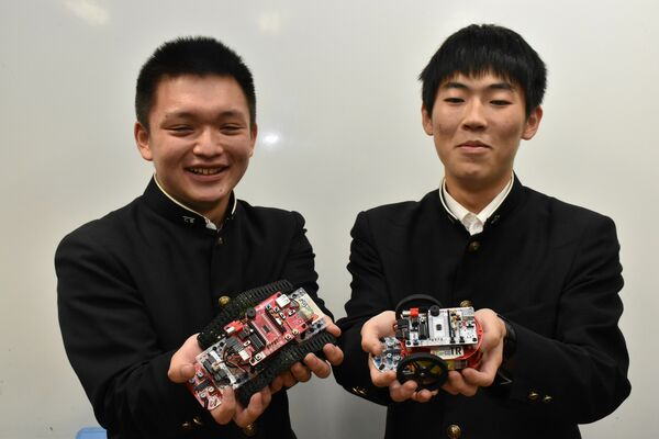 SkyBerryJAMを手掛ける栃木工業高校生